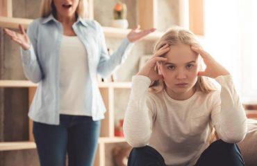 Entenda as mudanças emocionais encontradas em garotas adolescentes