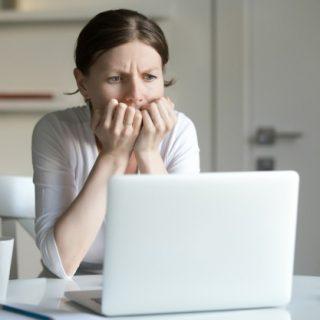 Como a fobia social pode atrapalhar a sua vida profissional?