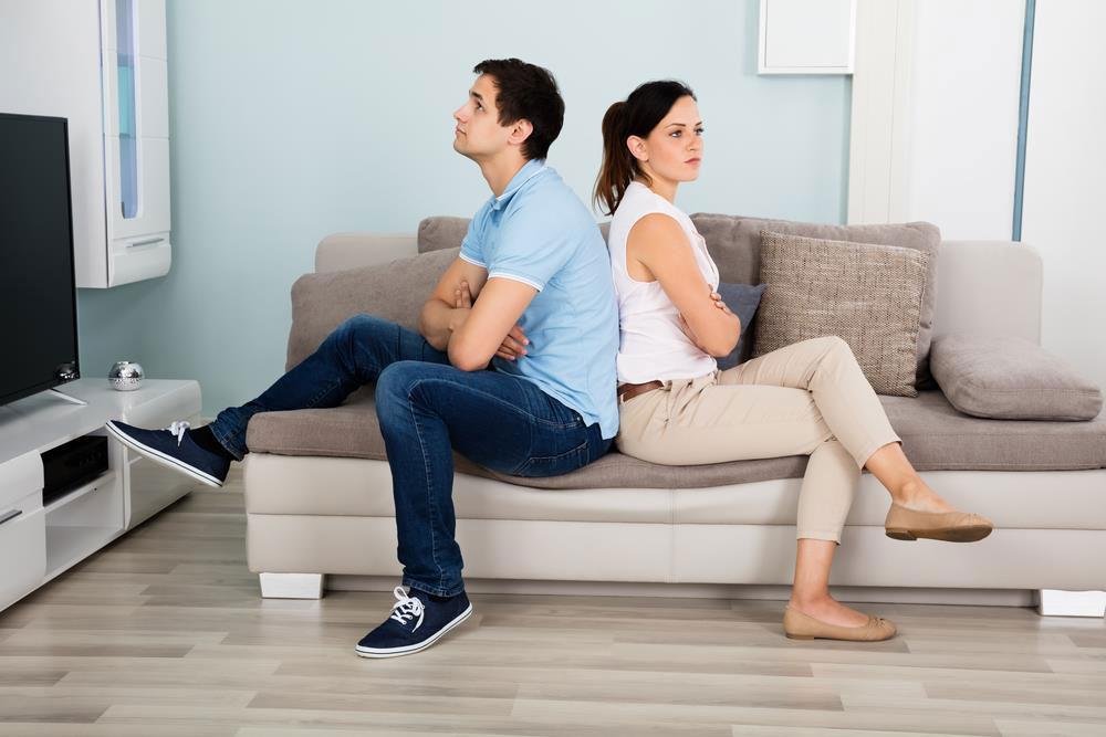 Como evitar a crise do casal durante a quarentena? Confira 5 dicas