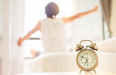 A importância de regular o sono durante a quarentena e dicas de como conseguir
